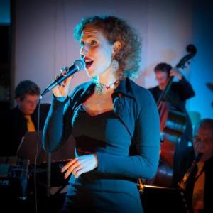 Marieke Koopman zingt bij Frits Landesbergen Big Band